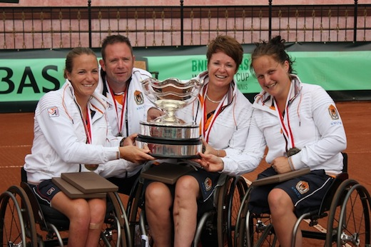 Nederlandse rolstoeltennissters veroveren goud tijdens World Team Cup