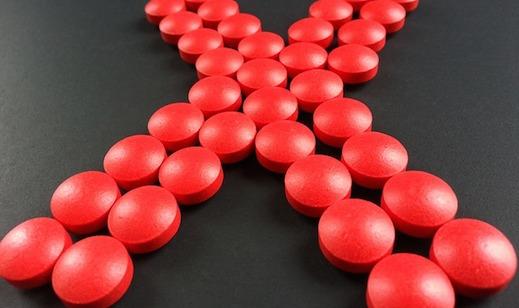 Medicijnen, pillen, rode x