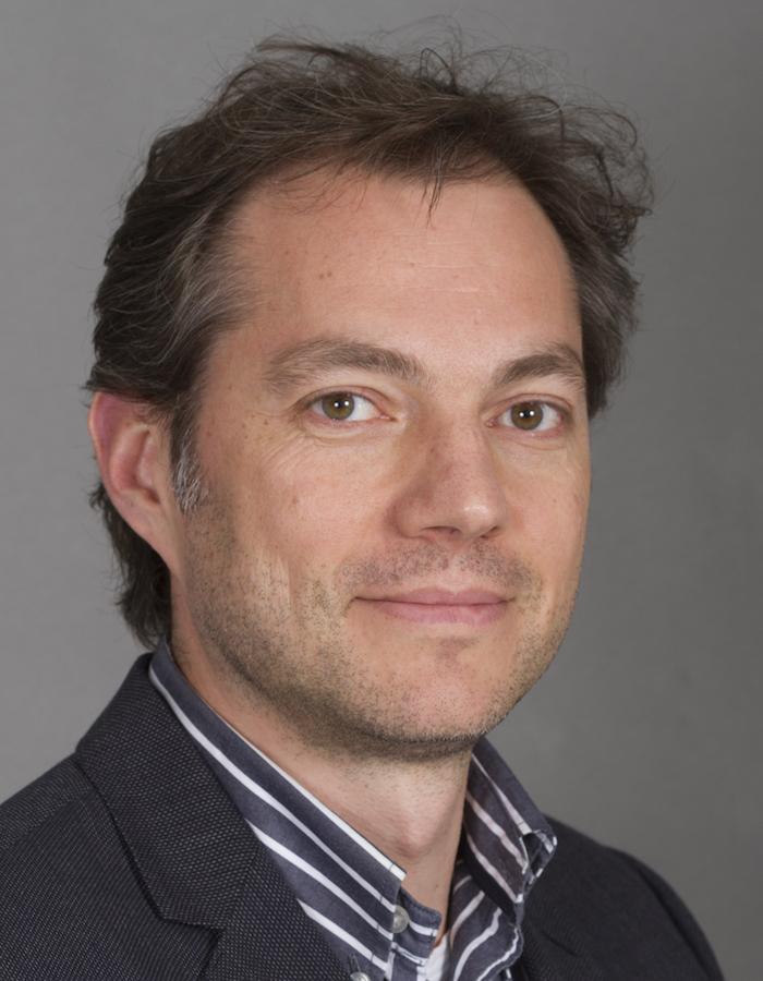 Tim Forouzanfar, hoogleraar mondziekten, kaak- en aangezichtschirurgie bij VUmc