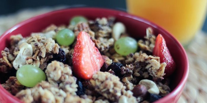 muesli, fruit