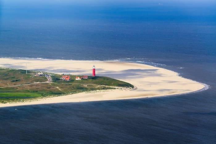 Texel vuurtoren strand