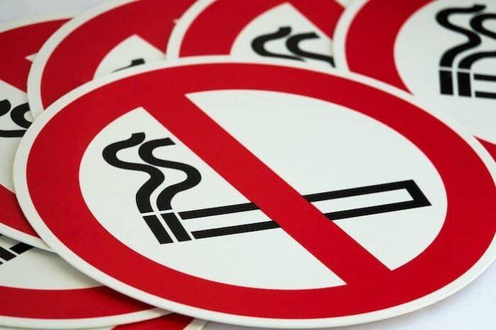 Rookruimtes in openbare gebouwen per 1 juli gesloten